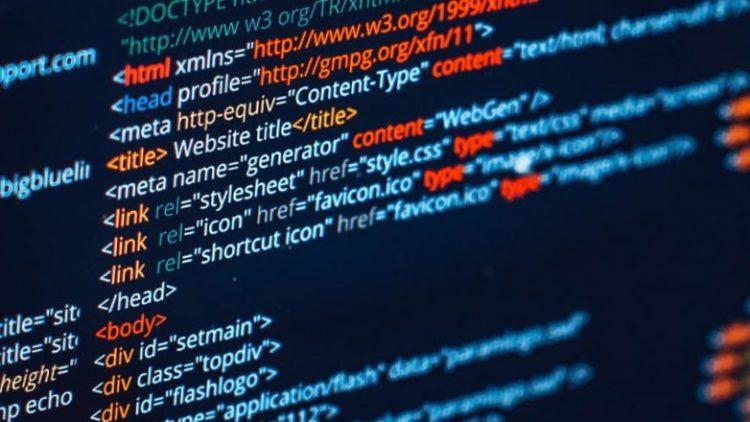 Interneto svetainių kūrimas: kodėl verta kreiptis į profesionalus?